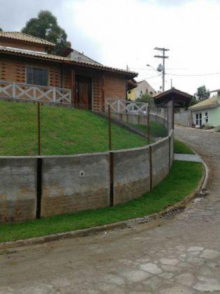 http://www.toribioimoveis.com.br/fotos_imoveis/920/IMG_3068.JPG